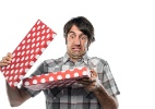 Presente de Natal não serviu ou não agradou? Veja seus direitos na troca-media-1